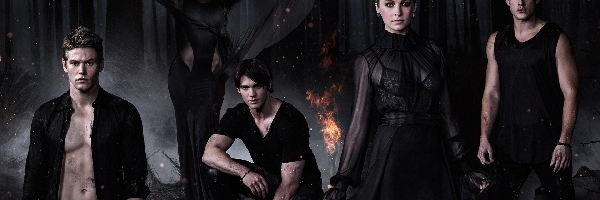 Steven R McQueen, Candice Accola, Noc, The Vampire Diaries, Ogień, Pamiętniki wampirów, Michael Trevino, Bohaterowie, Las